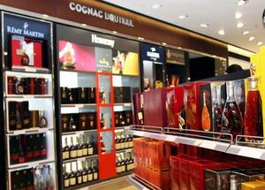 Алкоголь в дьюти фри в Анталии