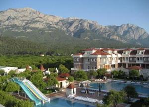 Отель Garden Resort 4*