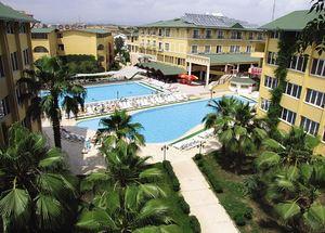 Вид на отель Club Bella Sun
