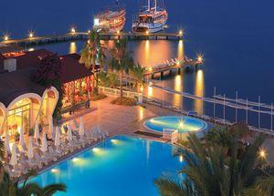 Отель в Мармарисе на 1 линии моря