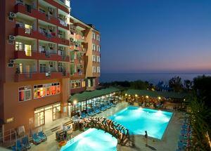 Отель в Аланье Rheme Beach Hotel 4* ночью