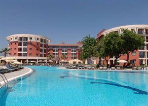 Пятизвездочный отель Club Insula в Аланье