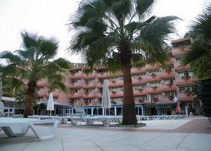 Вид на здание отеля Linda 4* в Сиде