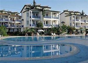 Отель в Аланье Oasis Beach Club 4*