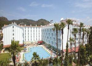 Вид на здание отеля Pasa Beach Hotel 4* в Мармарисе