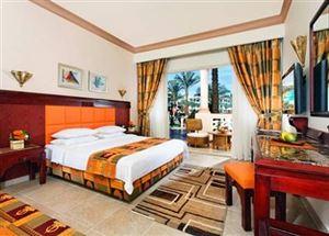 Номер в отеле Albatros Palace Resort 5* в Хургаде
