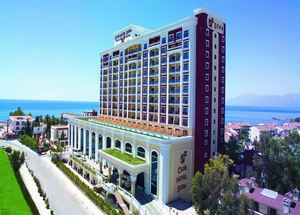 Вид на здание отеля Club Sera 5 звезд в Анталии