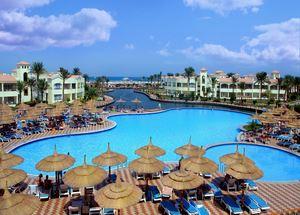 Пятизвездочный отель Dana Beach Resort в Хургаде Египет