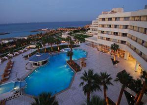 Отель 5 звезд Hilton Plaza в Хургаде Египет
