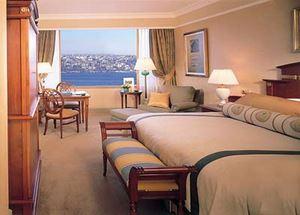 Номер в отеле Ritz-Carlton в Стамбуле