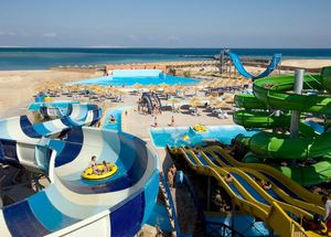 Отель 5 звезд Titanic Beach Spa & Aqua Park с аквапарком в Хургаде Египет