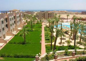 Сад в отеле Pyramisa Sunset Pearl 5 звезд в Хургаде Египет