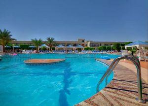 Бассейн в отеле Jasmine Village Hotel 3 звезды в Хургаде Египет