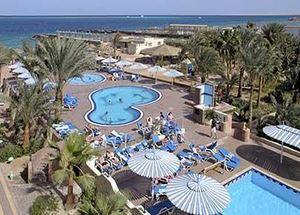 Панорама отеля Triton Empire Beach Resort 3* в Хургаде Египет