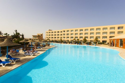 Отель Dessole Titanic Aqua Park Resort 4*