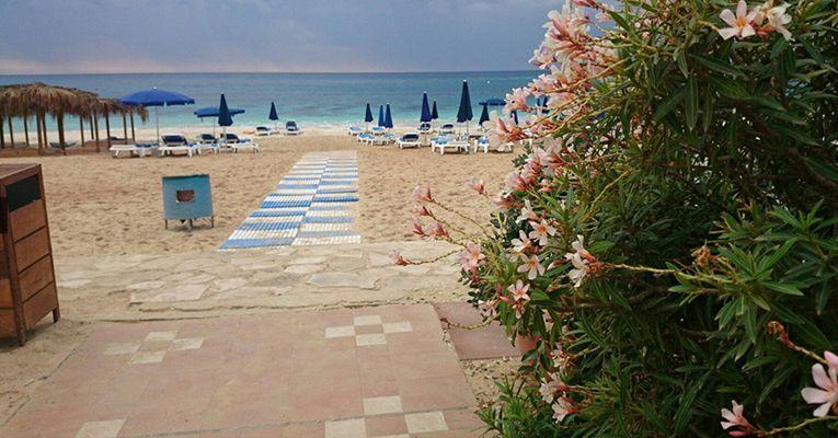 Asterias Beach Hotel 4 Bot 1