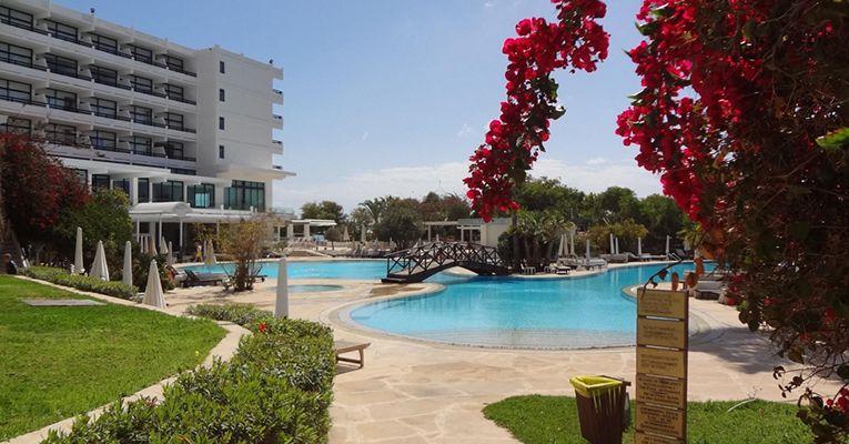 Grecian Bay Hotel 5 Aiya Napa 3