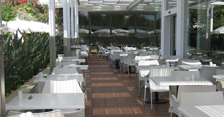 Grecian Bay Hotel 5 Aiya Napa Food 1