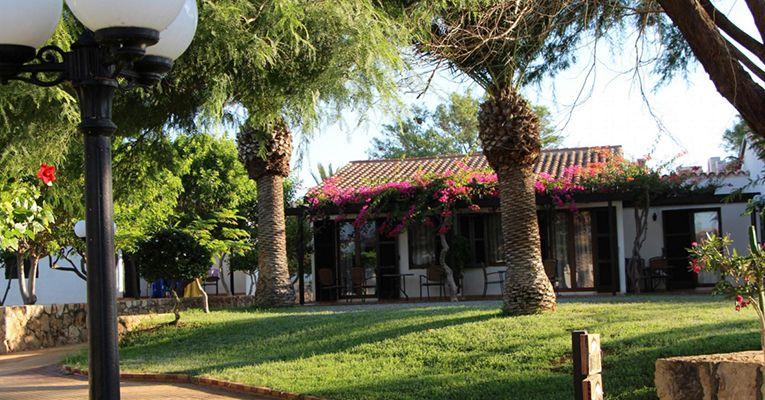 Kermia Beach Bungalow Hotel 4 2