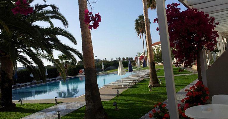 Mon Repos Design Hotel 3 Ayia-Napa Testimonials 1