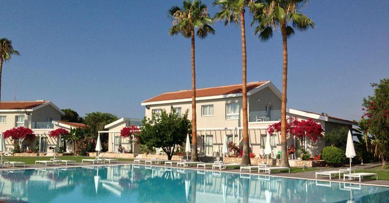 Mon Repos Design Hotel 3 Ayia-Napa Testimonials 2