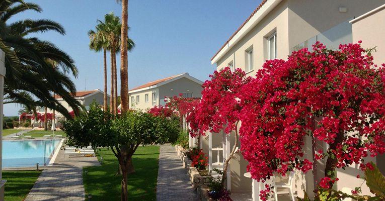 Mon Repos Design Hotel 3 Ayia-Napa Testimonials 3