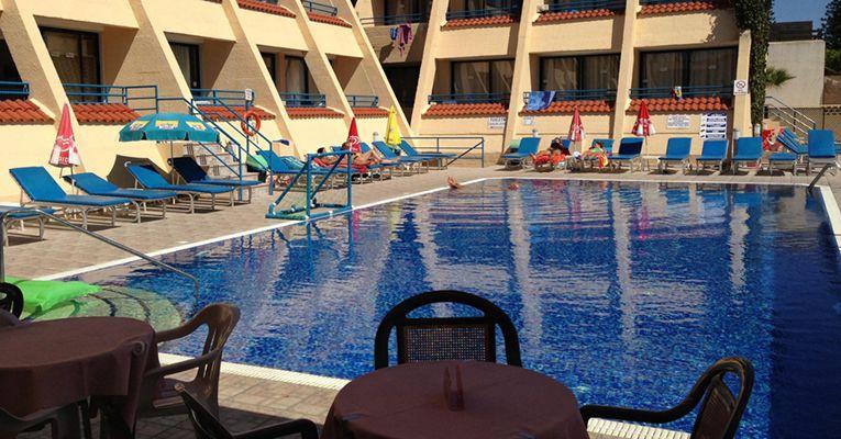 Napa Prince Hotel Apartments 3 Ayia-Napa Testimonials 1
