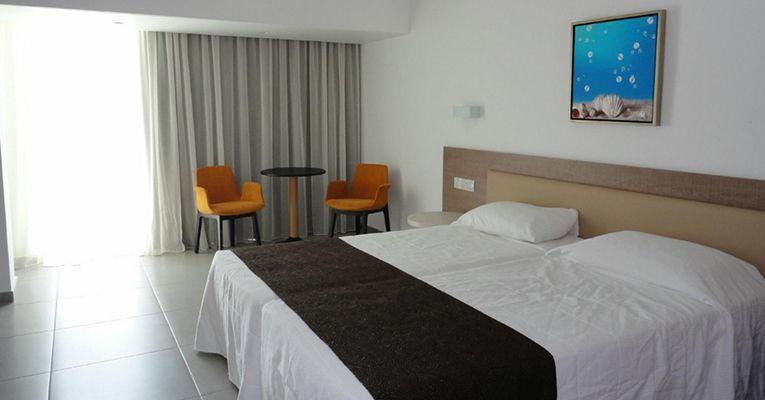Vassos Nissi Plage Hotel 4 Ayia Napa Room 2