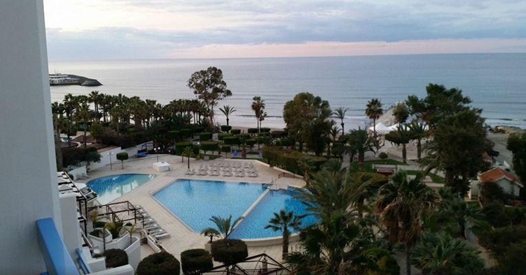 Elias Beach Hotel 4 4