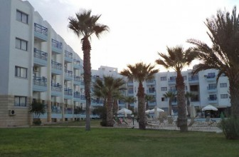Papantonia Hotel Apartments 4*